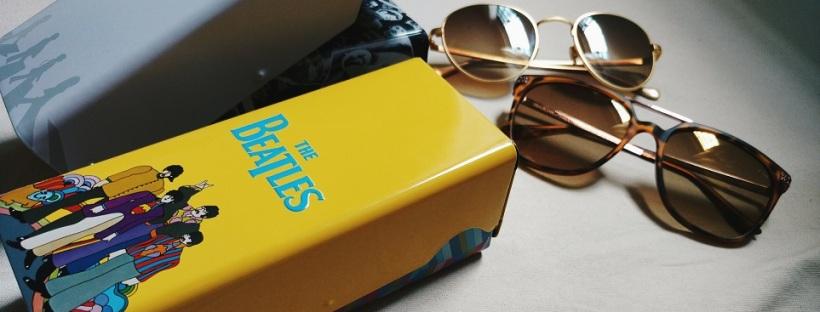 63bf37fea50ca Chilli Beans  óculos da coleção The Beatles + óculos redondo banhado a ouro  24k ♥