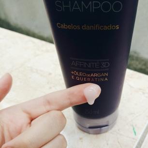 Blog Bruna Nobre: Shampoo Siàge Eudora Reconstrói os fios para cabelos danificados