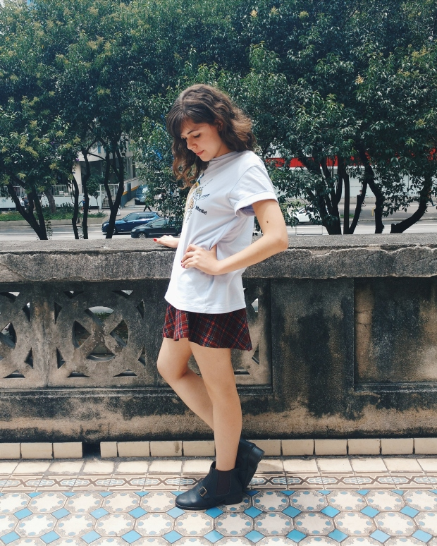 Blog Bruna Nobre: look com t-shirt da Caverna do Dragão