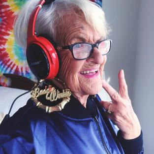baddiewinkle - a vovó mais cool do insta 5